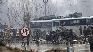 Индия: «пакистанский хвост виляет китайской собакой»