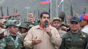 Мадуро предложил план по отражению вторжения со стороны Колумбии