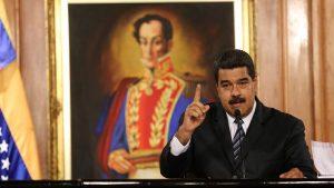 Дональд Трамп перешел к угрозам в адрес военных Венесуэлы