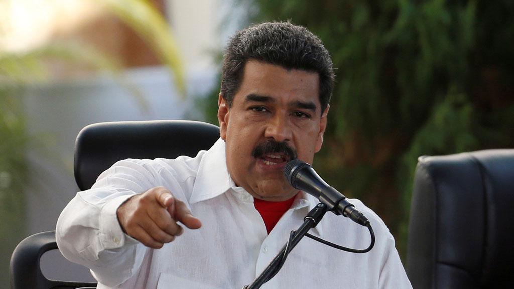 Президент Венесуэлы Николас Мадуро обвинил США в выводе из строя венесуэльской системы электроснабжения. По его словам за организацией атаки стоял советник президента США по национальной безопасности Джон Болтон, а сама атака осуществлялась из двух американских городов – Хьюстон и Чикаго.