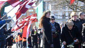 Вместо «ветеранов»-эсэсовцев по Риге ходили неонацисты со свастикой