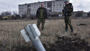 «Обычное перемирие»: В ДНР гремят обстрелы, в ЛНР есть погибшие среди армейцев