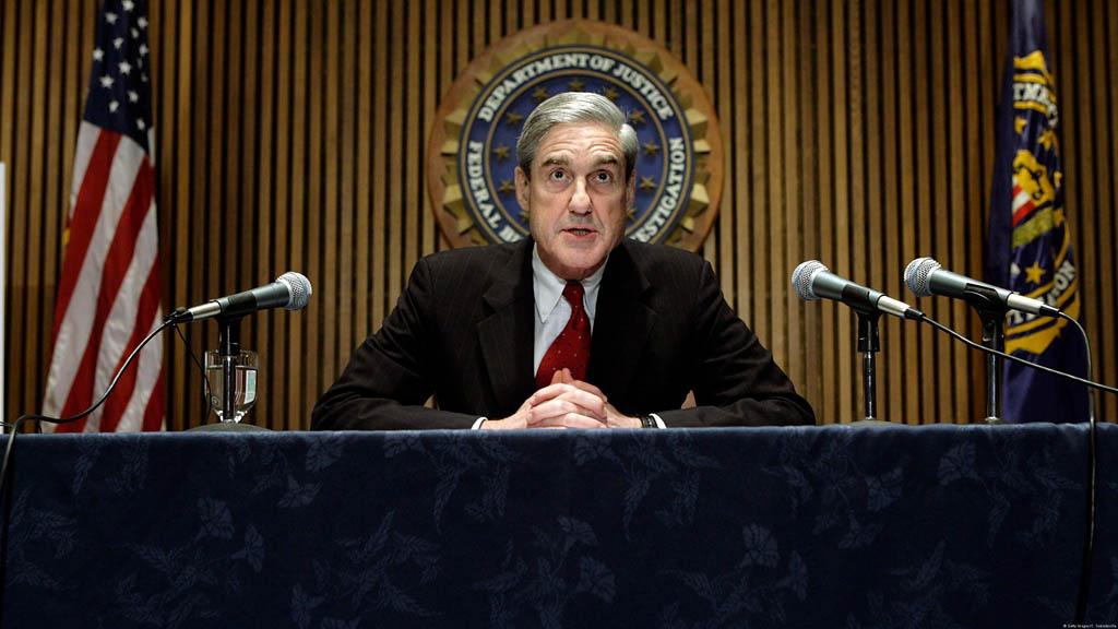 Спецпрокурор Роберт Мюллер завершил расследование о предполагаемом вмешательстве России в американские выборы в 2016 году а также возможном сговоре между предвыборным штабом Трампа и Москвой. Генпрокурор США вероятно, проинформирует о ключевых выводах спецпрокурора уже в эти выходные.