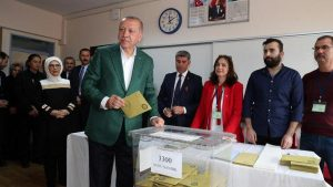 Партия Эрдогана проигрывает выборы