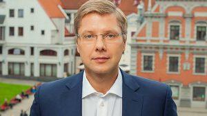 Нил Ушаков отправлен в отставку с поста мэра Риги
