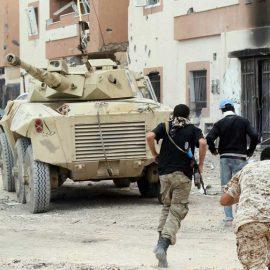 Ливийская национальная армия маршала Халифы Хафтара ведет наступление на Триполи