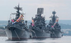 В зоне учений НАТО дежурят корабли Черноморского Флота России