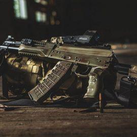 Министерство Обороны Российской Федерации закупит 150 тысяч автоматов АК-12 и АК-15