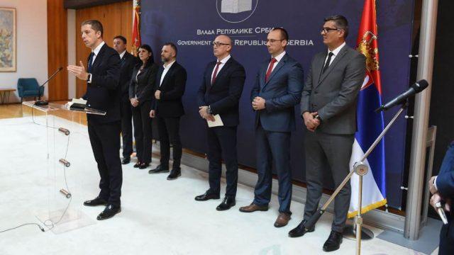 косовские сербы решили принять участие в выборах в Косово