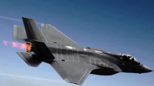 Японцы не могут понять причину катастрофы самолета-невидимки F-35