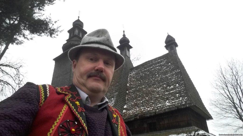 Украинский эксперт ждёт мира в Донбассе, «когда Россию задавят, как Сербию»