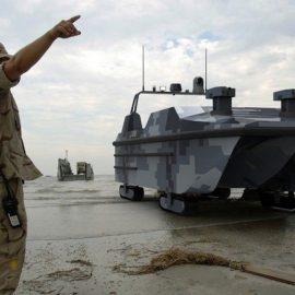 В Китае создан первый в мире беспилотный десантный катер-амфибия