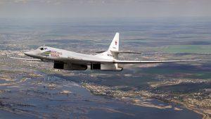 самолет ВКС России Ту-160