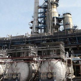 Беларусь приостановила экспорт бензина из-за плохой нефти из РФ
