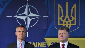 Мэр Львова Андрей Садовый объяснил успех Порошенко в ходе второго тура голосования на президентских выборах тем, что жители Львова очень сильно желают попасть в ЕС и НАТО, курс на интеграцию с которыми поддерживает уходящий президент.