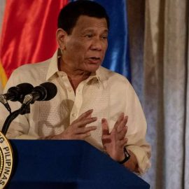 Президент Филиппин пригрозил Канаде войной