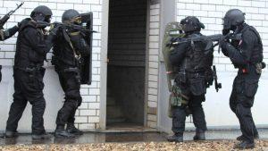 Сотрудники ФСБ выявили и арестовали ячейку боевиков ИГ в Москве