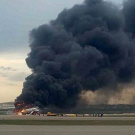 В Шереметьево при посадке сгорел самолёт