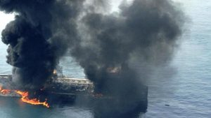У берегов ОАЭ произошла загадочная серия взрывов
