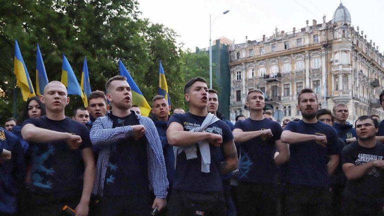 Украинские националисты угрожают расправой сторонникам возвращения одесскому проспекту имени маршала Жукова