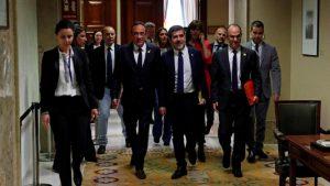 находящиеся в заключении каталонские депутаты допущены на заседание Парламента Испании
