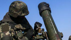 Хроника «перемирия»: Донбасс не успевает фиксировать прилёты «мирных инициатив»