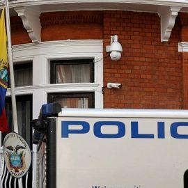 Прокуратура Эквадора конфисковала вещи Ассанжа по просьбе США