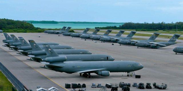 военная база США и Британии Диего-Гарсия на архипелаге Чагос