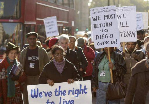 протест выселенных Британией бывших жителей архипелага Чагос