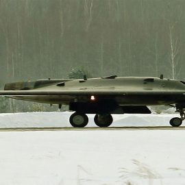 Российский ударный беспилотник «Охотник» впервые поднялся в воздух