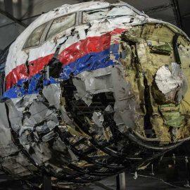 Депутат Европарламента заявил о возможном причастии Украины к взрыву малайзийского Боинга