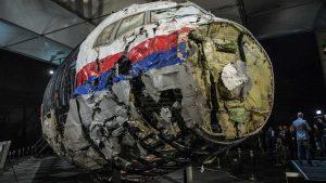 Лидер голландской партии «Форум за демократию», член Европарламента Тьерри Бодэ заявил, что Украина является одним из возможных организаторов атаки на Boeing, сбитый над Донбассом в июле 2014 года, а также усомнился в правдивости доклада Совместной следственной группы, занимающейся расследованием катастрофы рейса MH17