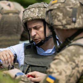 Зеленский приехал на Донбасс — [видео]
