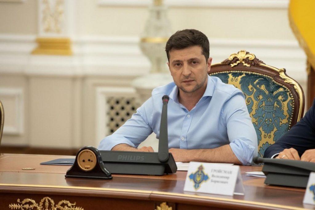 Главой СНБО стал Зеленский, сменив весь состав