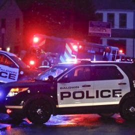 В результате стрельбы в Вирджинии погибли 12 человек