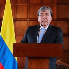 Колумбия выступила против военного вмешательства в Венесуэлу
