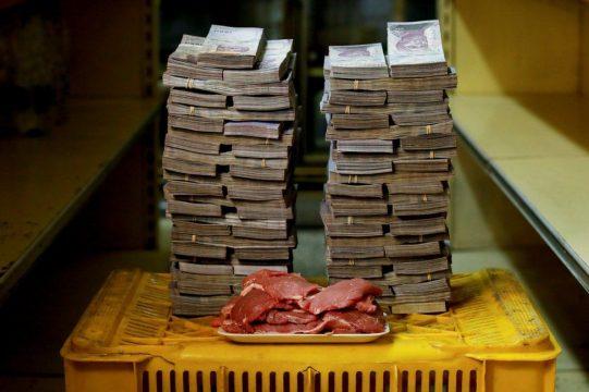 1 кг мяса в Венесуэе стоит 9,500,000 боливаров