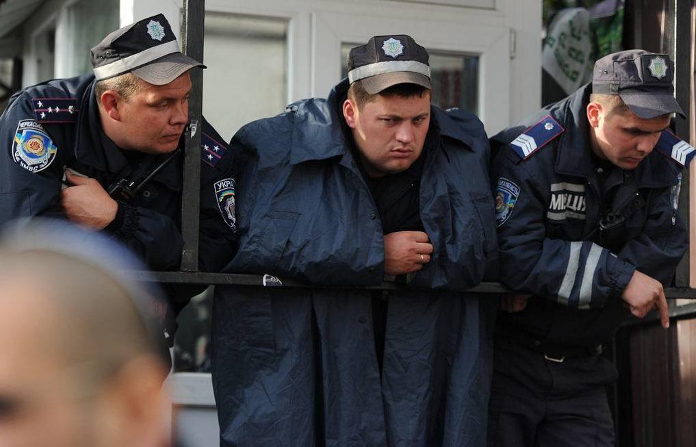 Украинская полиция пала в борьбе с «зелёным змием»