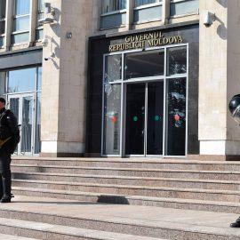 Кризис двоевластия в Молдавии: Кишинёв гоняет призрак майдана