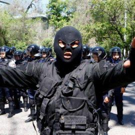 Власти Казахстана разгоняют антиправительственные митинги