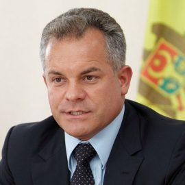 Лидер Демократической партии Молдавии Плахотнюк и его соратники спешно покинули страну