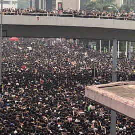 В Гонконге власти пошли навстречу протестующим