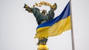 Первый президент Украины Леонид Кравчук опасается возвращения однопартийной системы и диктатуры – если партия президента Зеленского «Слуга народа» получит единоличное большинство по итогам выборов в Верховную Раду.