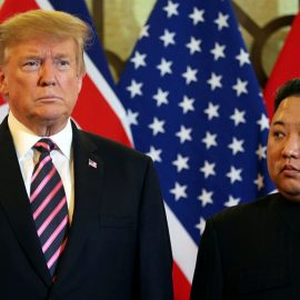 Трамп продлил санкции против КНДР еще на год