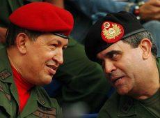 генерал-предатель Рауль Бадуэль и Уго Чавес