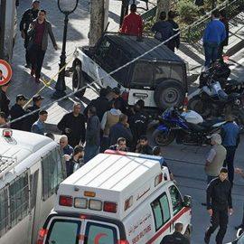 В центре столицы Туниса произошёл двойной теракт. Как минимум один человек погиб