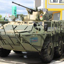 Российские военные представили новые модели бронетранспортеров