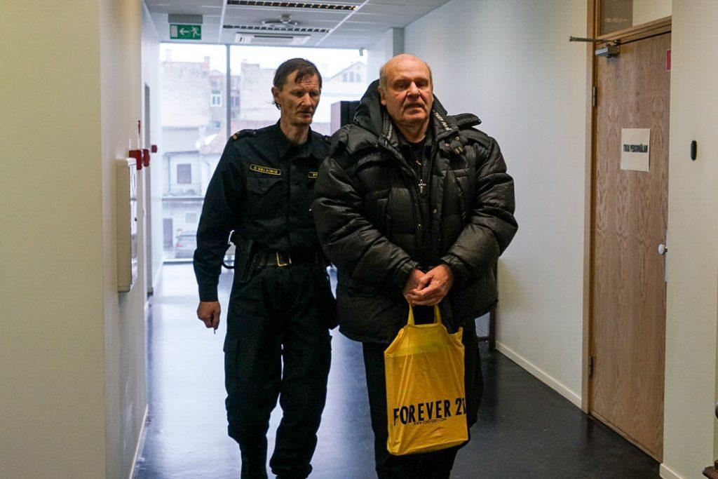 Мрак и русофобия: «Шпиономания» Латвии перерастает в паранойю