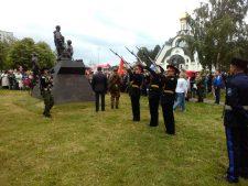 Монумент ветеранам боевых действий стоит теперь в Сосновом Бору