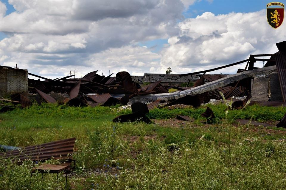 Развалины пораженного опорного пункта ВСУ